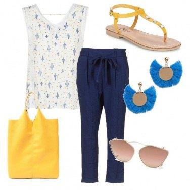 Outfit Giallo sole, blu mare