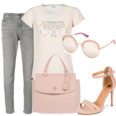 Outfit Saldi in rosa