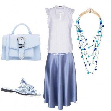 Outfit Colori pastello.