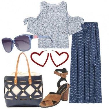 Outfit Microfantasia floreale in blu