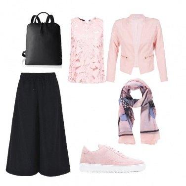 Outfit Università in rosa