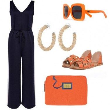 Outfit La tuta blu che si illumina