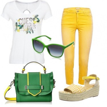 Outfit Green and yellow