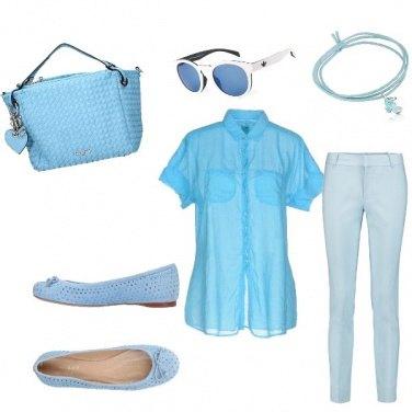 Outfit Quattro sfumature celesti