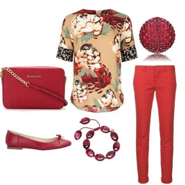 Outfit Rosso floreale