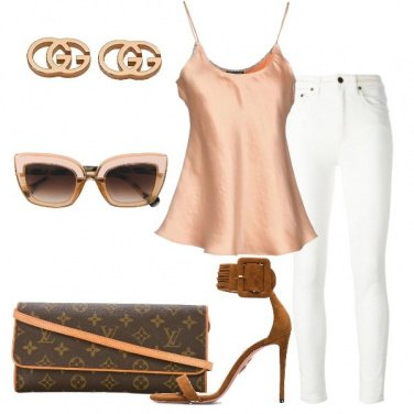 Outfit Jeans skinnny bianco e top in seta