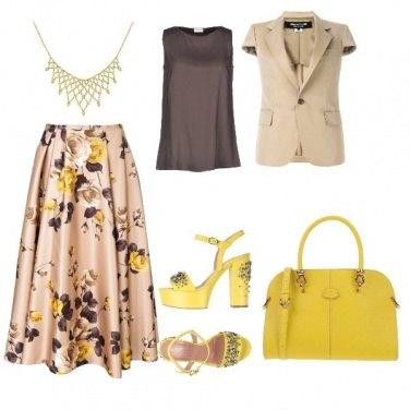 Outfit Un tocco di giallo in ufficio
