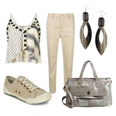 Outfit CMPS Il top etnico freschissimo