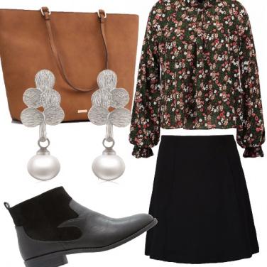 Outfit Camicetta a fiorellini