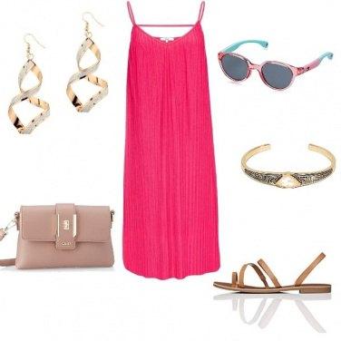Outfit Un tocco di colore contro il caldo