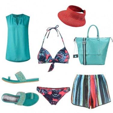 Outfit Fiori e strisce marini