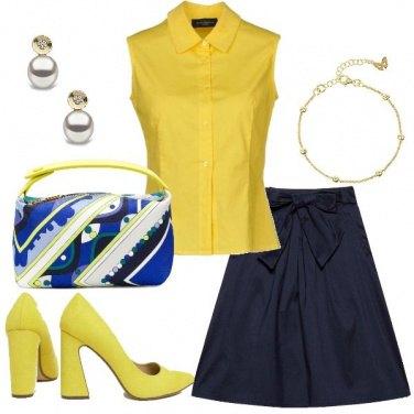 Outfit Bon Ton giallo e blu