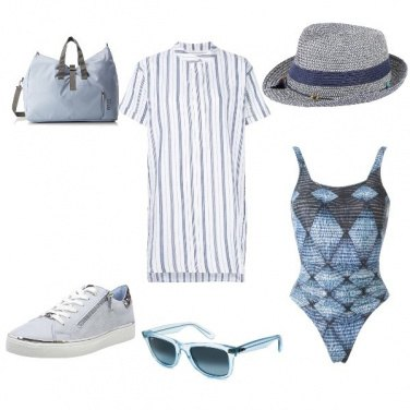Outfit Azzurro polvere beachwear