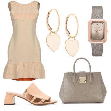 Outfit CMPS Taupe e rosa in grande accordo