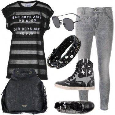 Outfit Tra nero e grigio