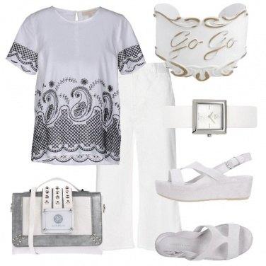 Outfit TSK Go go white