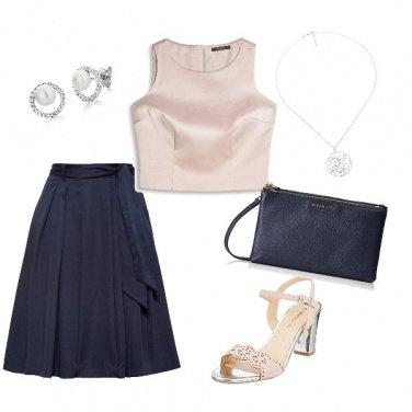 Outfit La gonna blu bon ton