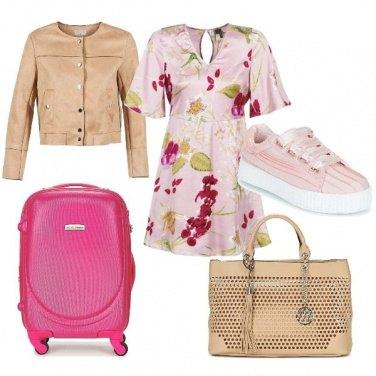 Outfit CMPS Vado una settimana in Cina