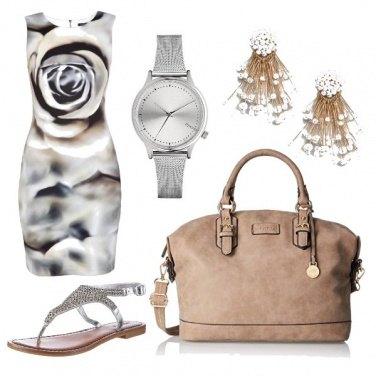 Outfit CMPS Fantasie nei toni argento