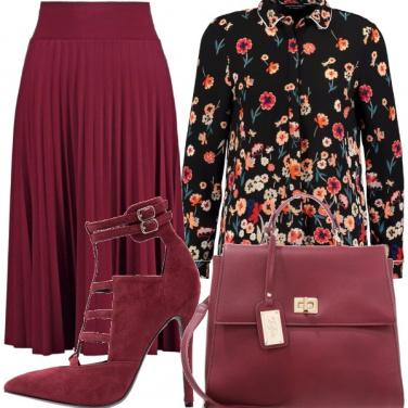 Outfit Gonna a pieghe e fiori!