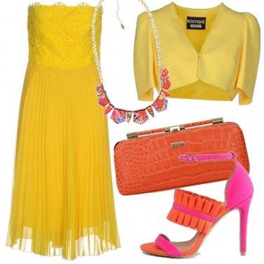 Outfit Giallo come il sole