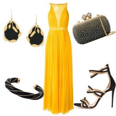 Outfit L\'ape Maya vestita da sera