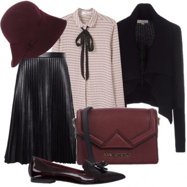 Outfit Bon ton in nero e burgundy
