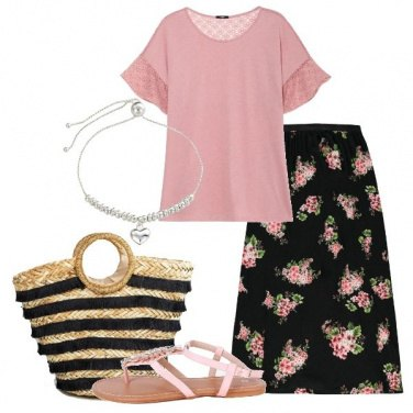 Outfit T-shirt con pizzo gonna lunga floreale