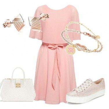 Outfit Oro rosa e bianco