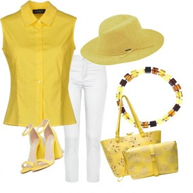 Outfit Yellow!