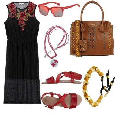 Outfit Basic, viva i ricami