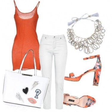 Outfit Toni d\'arancio