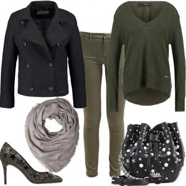 Outfit Donna, militare pluristellato