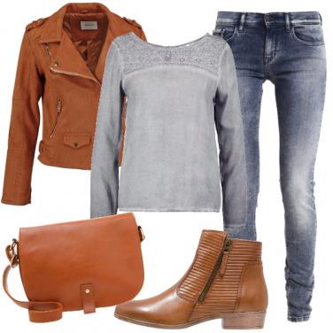 Outfit Cognac per i tuoi jeans