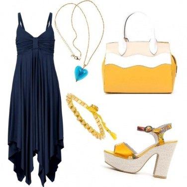 Outfit Blu notte e giallo sole