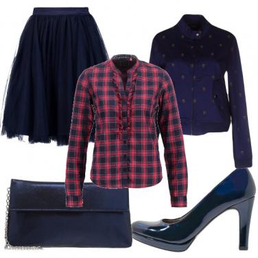 Outfit Tartan e blu notte