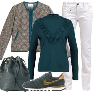 Outfit Jeans bianchi in autunno