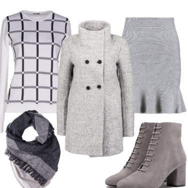 Outfit Chic in grigio