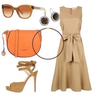 Outfit Vestito beige