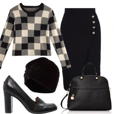 Outfit A scacchi in ufficio