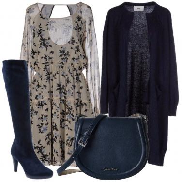 Outfit Blu e fiorellini