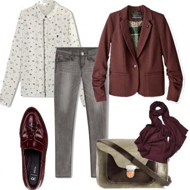 Outfit Pomeriggio in bordeaux