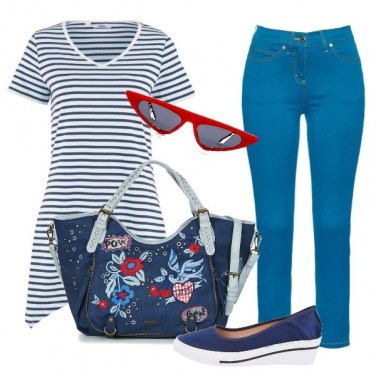 Outfit White & Blue