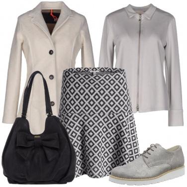 Outfit Femminilita\' aggraziata