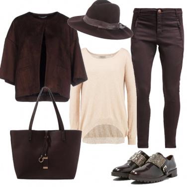Outfit Avventurosa con stile