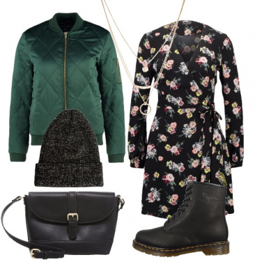 Outfit Dr. Martens in fiore