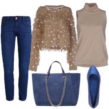 Outfit Sabbia e blu