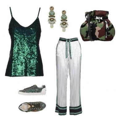 Outfit Sneakers mimetico disco look
