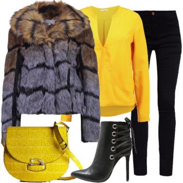 Outfit Semplicemente giallo
