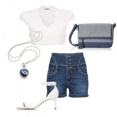 Outfit White and jeans